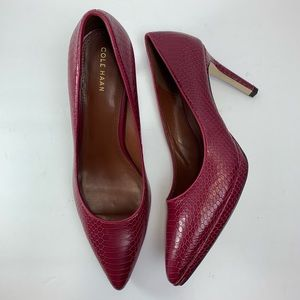 Cole Haan cranberry snakeskin embossed pumps